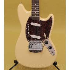 030-2200-541 Squier Vintage Modified Mustang Guitar Vintage White & Tortoise