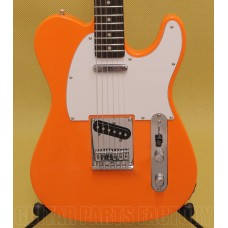 031-0200-596 Squier Affinity Series Telecaster, Rosewood Fingerboard Competition Orange