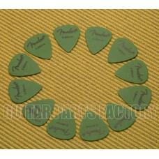 098-7351-850 Fender Green Delrin .88mm Guitar Picks