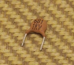 001-1435-002 Genuine Fender 680pF Capacitor