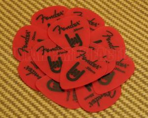098-7351-700 Fender Red Delrin .50mm Guitar Picks