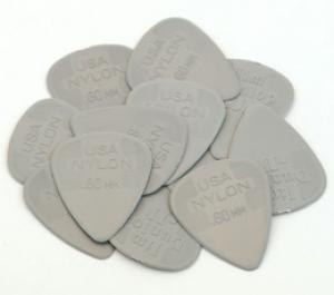 DUNLOP NYLON .60mm GUITAR PICKS