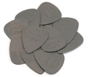 DUNLOP NYLON .73mm GUITAR PICKS