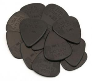 DUNLOP NYLON 1.0mm GUITAR PICKS