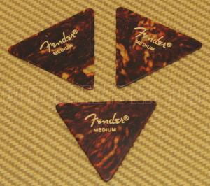098-0355-30M Fender Medium Tortoise Celluloid 355 Picks 098035530M