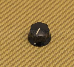 001-9513-000 Small Skirted Knob